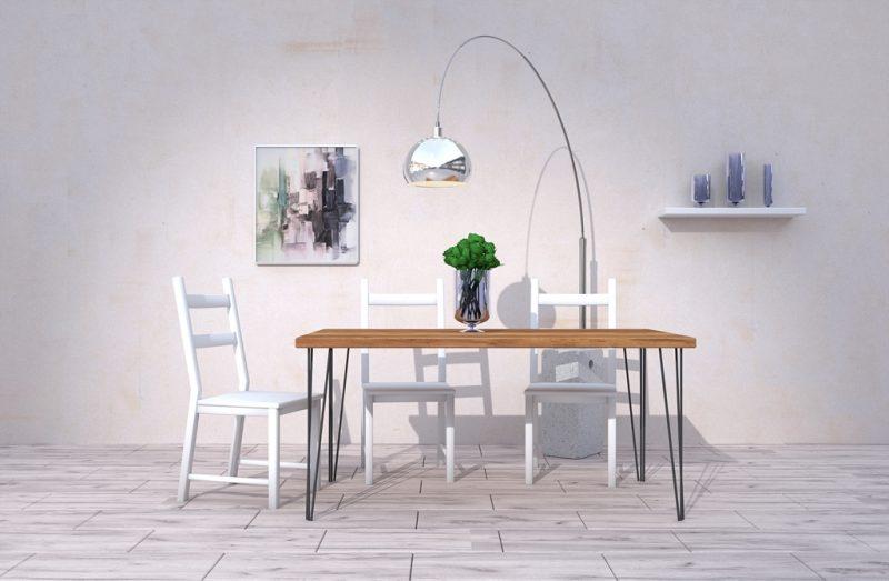 Stół do jadalni wykonany z drewna z metalowymi nogami