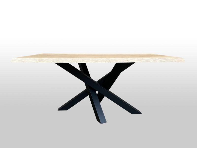 Drewniany stół Alba z nogami metalowymi