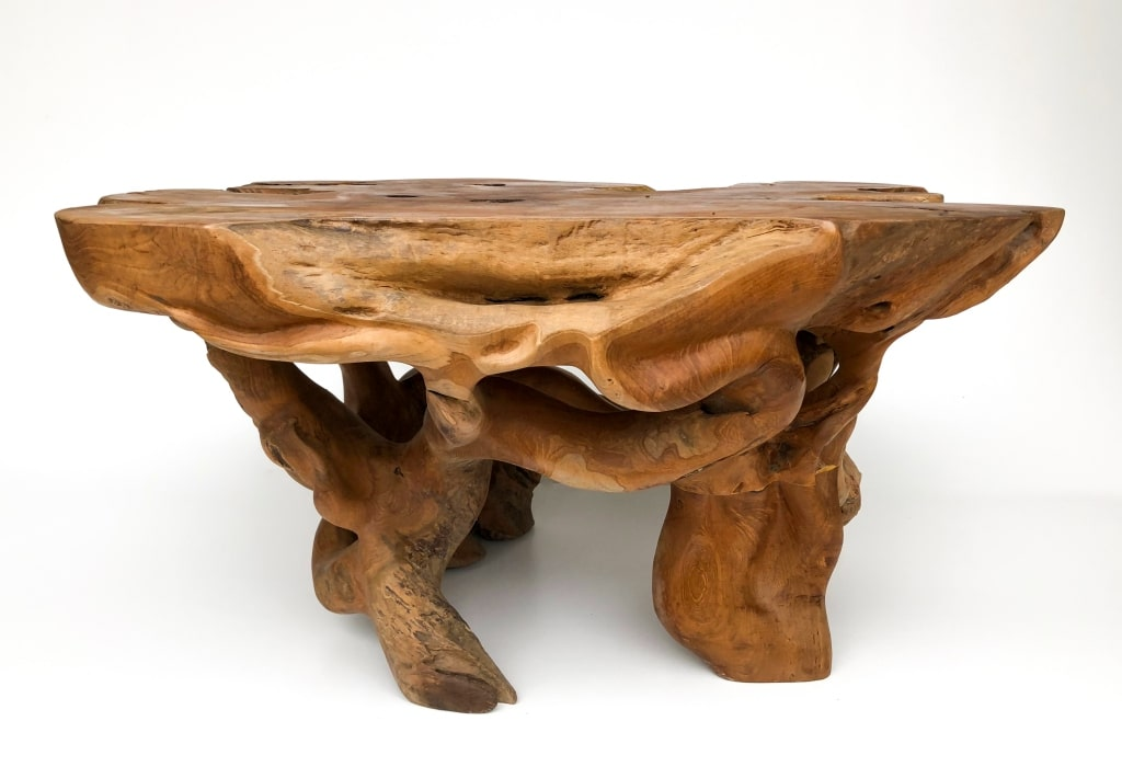 ozdobny stolik egzotyczny