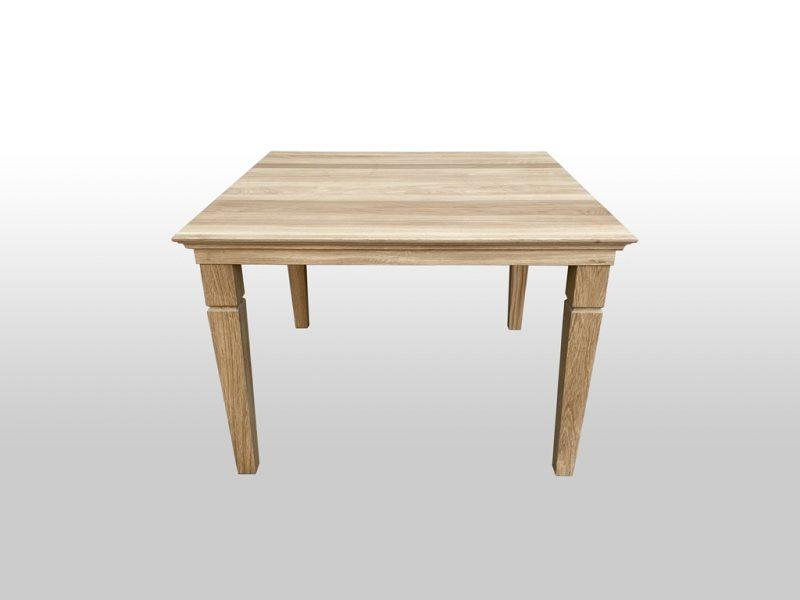 Stolik drewniany do mieszkania